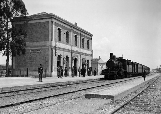 Estación de Torredembarra, c.1930, Coleccion Thomas, IEFC-ACM -3-106