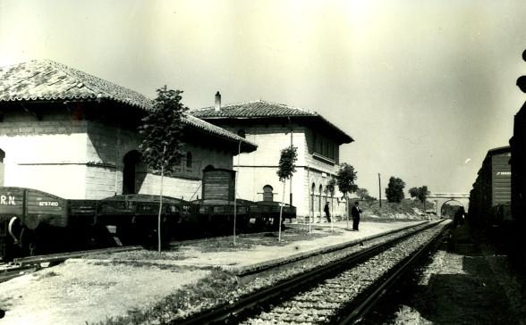Estacion de Valjunquera, año 1960, foto Francisco Rivera, fondo Museu del Ferrocarril d Catalunya