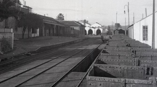 Estacion de Valverde del Camino, foso y tren de mineral, foto Marta