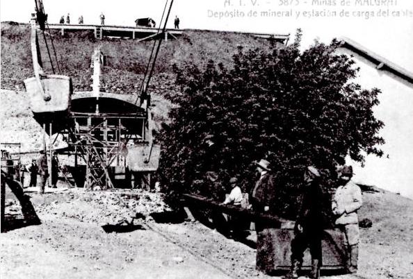 Estacion de carga al deposito de La Pilona, Malgrat de Mar Ayuntamiento año1993