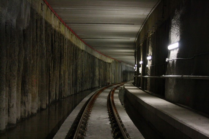 Desvio de Elejebarri , linea subterranea, foto Carmelo Zaita
