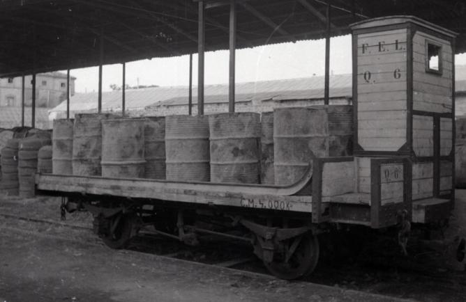 Ferrocarril Electrico de La Loma, plataforma de carga con garita guardafrenos, foto M. Salinas