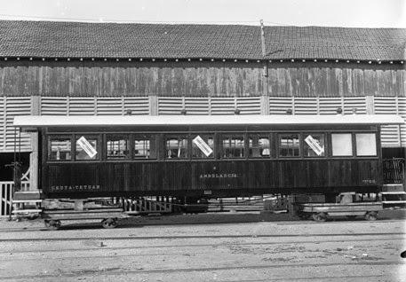 Ferrocarril de Ceuta a Tetuan , coche unificado ambulancia, Archivo Historico de Zaragoza