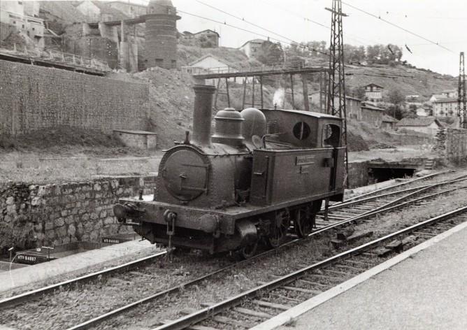 Ferrocarril de Triano , locomotora nº 17 SOMORROSTRO, foto Juan Bautista Cabrera, coleccion Aranguren