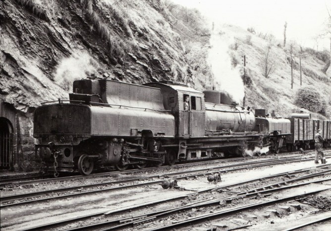 Ferrocarril de la Robla , Balmaseda 28-3-59, foto Xavier Santamaría