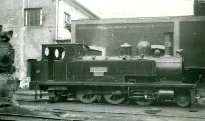 Ferrocarril de la Robla. Locomotora GUARDO. foto.Archivo Mikel Iturralde
