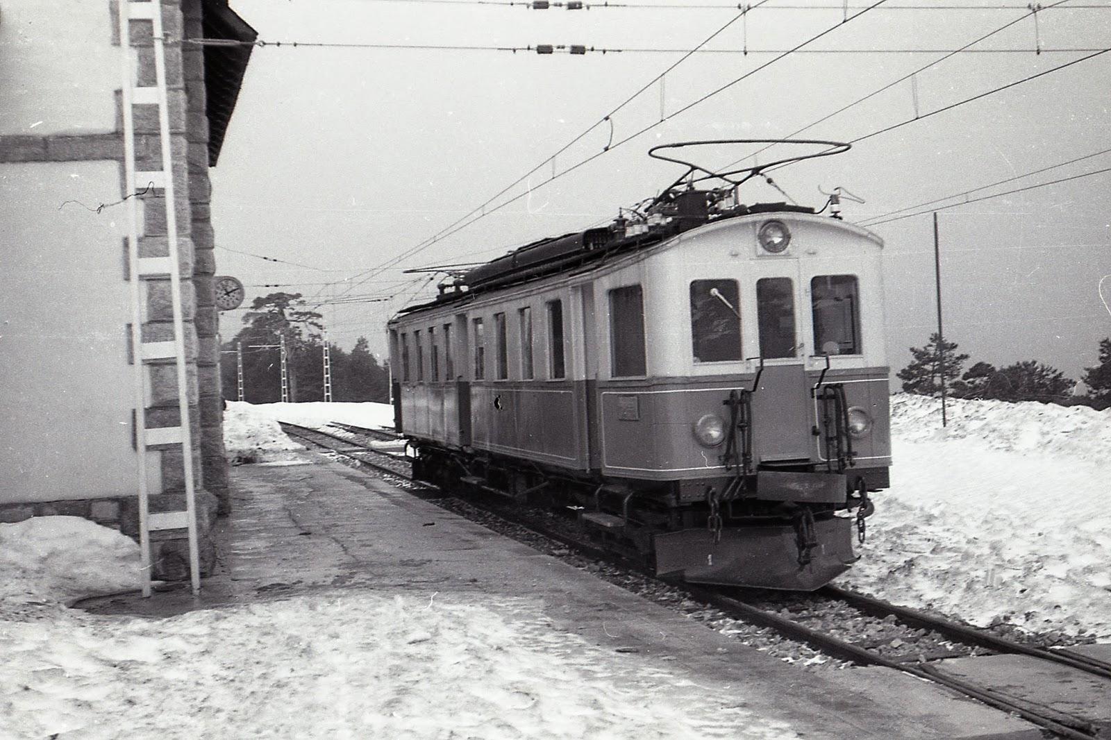 Ferrocarril del Guadarrama , foto Trevor Rowe, fondo MVF