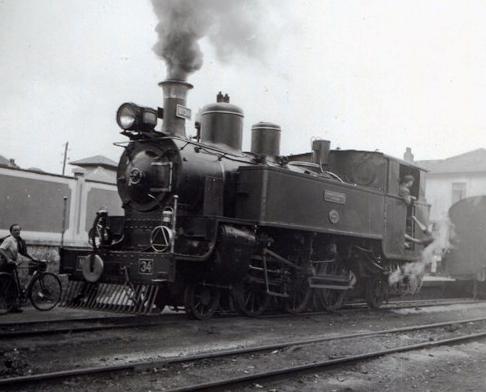 Ferrocarriles Económicos de Asturias, locomotora nº 34, foto Martin von Simson , archivo Euskotren , MVF