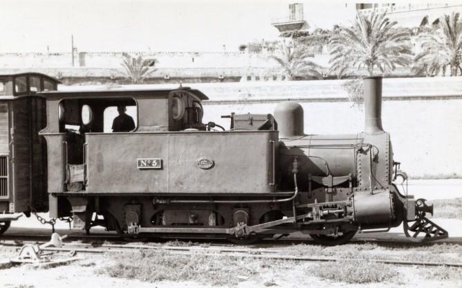Ferrocarriles de Mallorca,locomotora nº 5 , año 1968, foto Frank Jones, fondo MVF