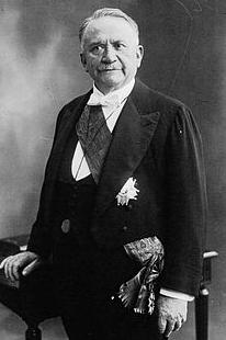 Gaston Doumerge, presidente de la Republica francesa en 1928