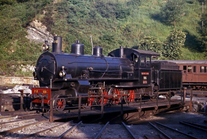 La Robla . locomotora 196, archivo Florian Inabdit