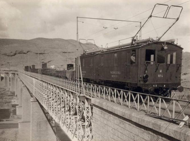 Linares á Almeria, Santa Fe de Mondujar, viaducto sobre el Andarax, foto Victoriano Lucas Martínez, AHF-F-179