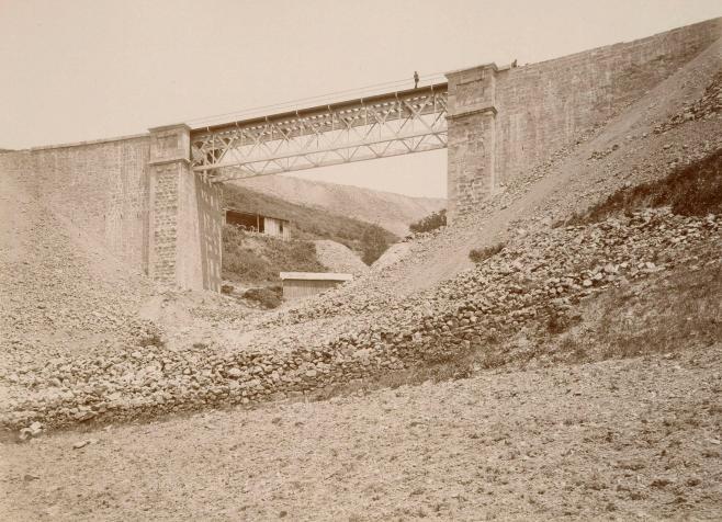 Linea de Asturas , AGL, año1884, foto P. Sauvanaud , archivo BNE