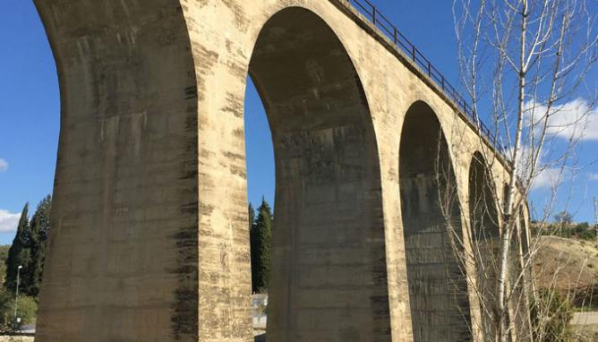 Linea de Baeza a Utiel, viaduct0 en Villanueva del Arzobispo ( Las Villas) Jaén, Archivo Cazabaret