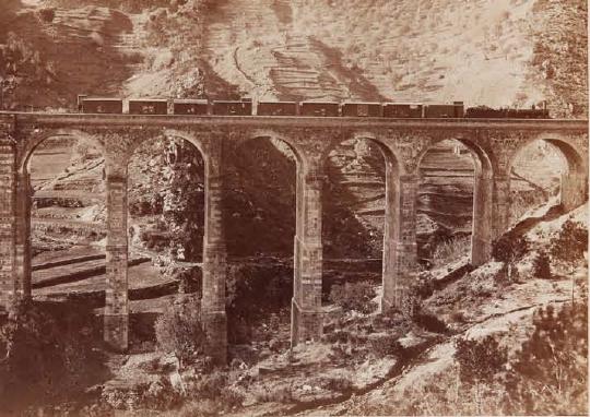 linea-de-barcelona-a-zaragoza-viaducto-de-buixadell-fotojose-martinez-sanchez-archivo-lucio-del-valle