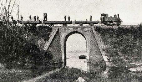 linea-de-betanzos-a-ferrol-prueba-de-resistencia-de-un-puente-ano-1911-archivo-revista-adelante
