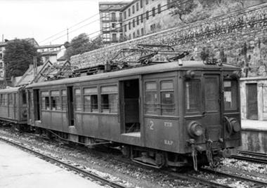 Linea de Bilbao a Lezama, electrificacion en 1950 por FTS , foto Felix Zurita Moreno, fondo J. Miquel Solé