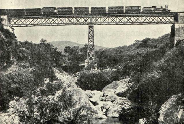 linea-de-bobadilla-a-algeciras-puente-sobre-el-malillo-revista-adelante-ano-1911
