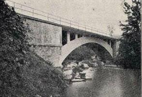 Linea de Castejon a Bilbao , Pk 219,423, año 1925 puente de Marquijana , revista I. y C.