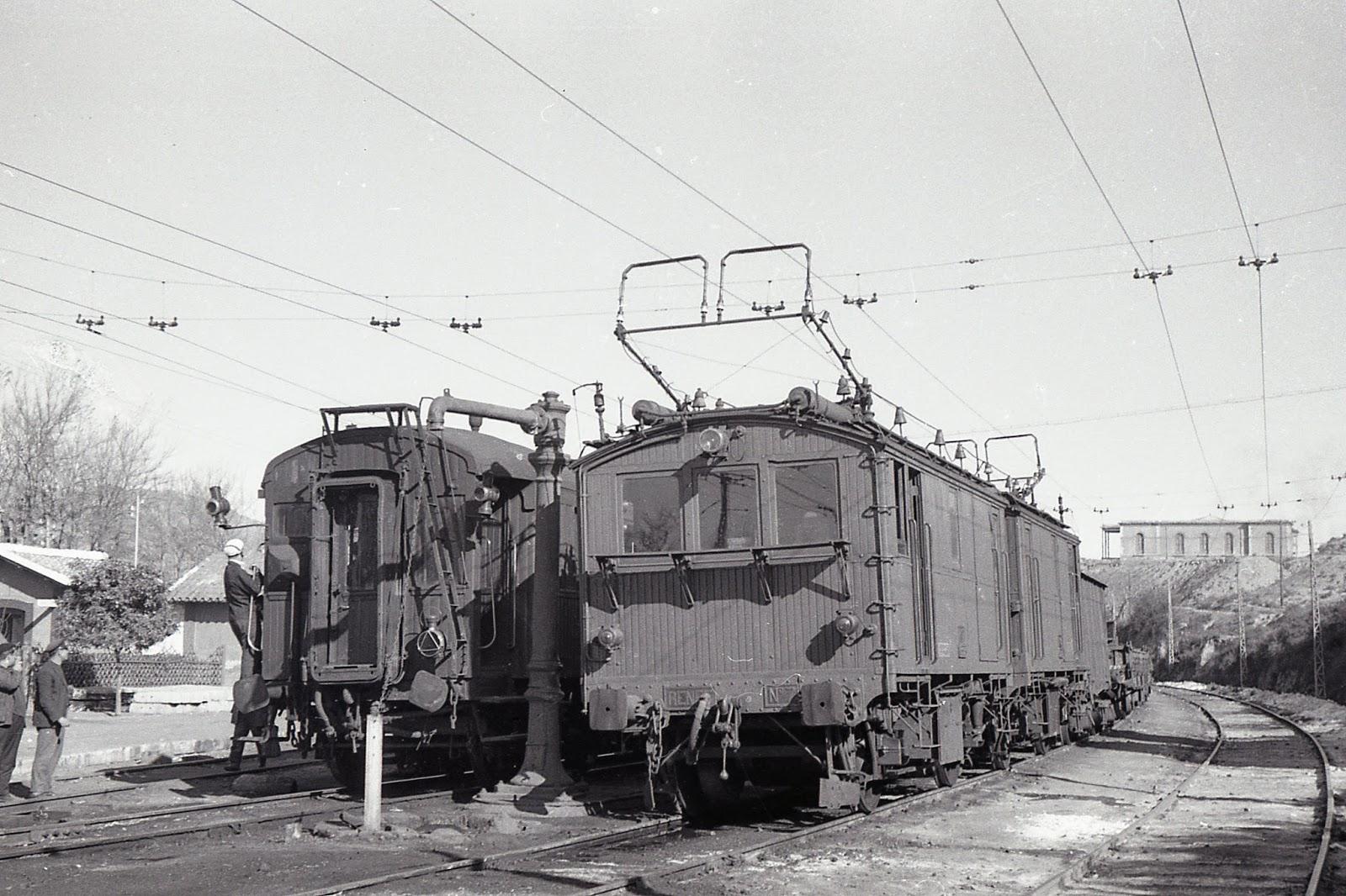 Linea de Linares a Almeria, Geregal Santa Fe, Foto Trevor Rowe, fondo MVF
