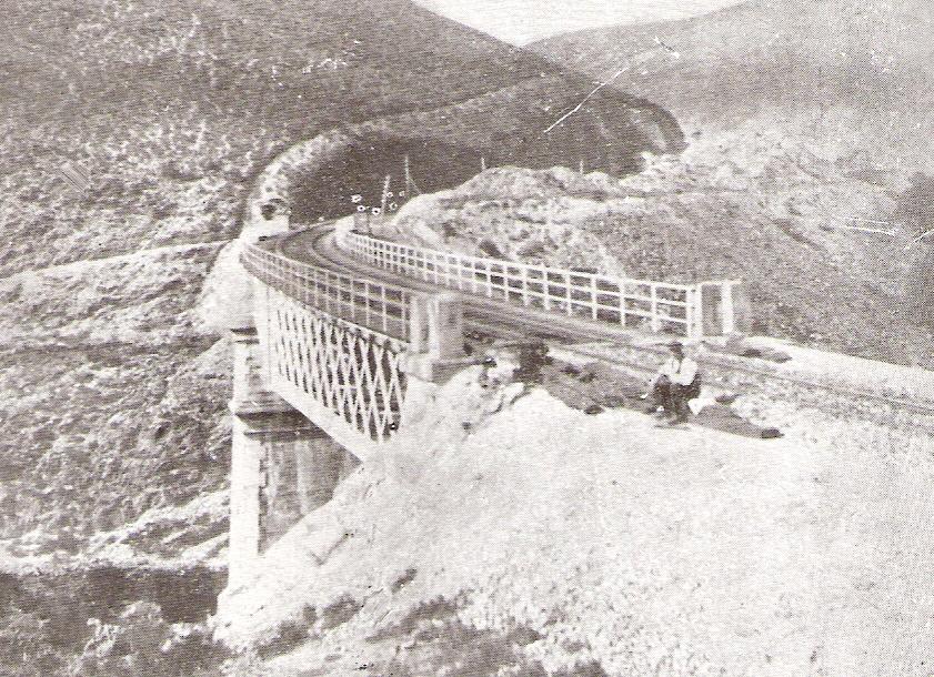 Linea de Palencia a Coruña- Viaducto de Villufre, año 1918- Guia Cousseau-Norte