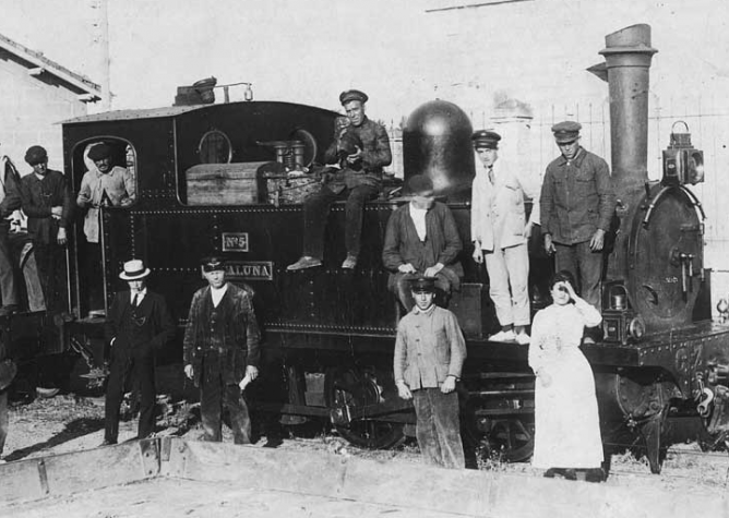 Locomotora CATALUÑA del Fc de Cariñena a Zaragoza