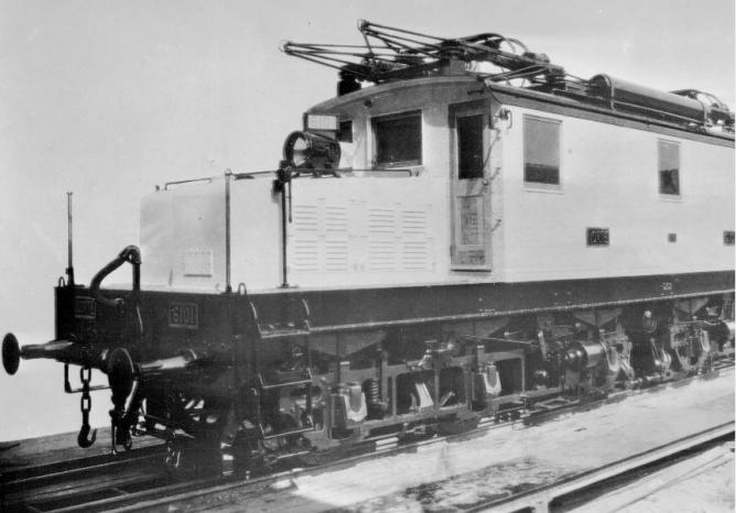 Locomotora Norte , serie 6000, Archivo Moreno, fondo Fototeca del P.H.