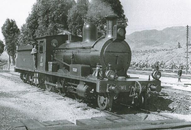 Lorca a Baza y Aguilas, locomotora AGUILAS (130-2114) , foto coleccion Diego Tarraga