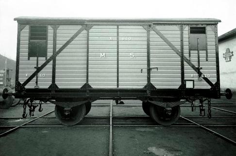 Medina del Campo a Salamanca. Coche cerrado. Archivo Caf