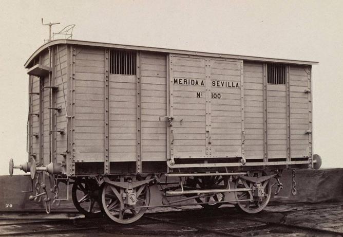 Merida a Sevilla, vagon cerrado , foto de la Real Sociedad Belga de Fotografía, Vagón de Ateliers de la Dyle, colección Jose manuel Iglesias Nieto
