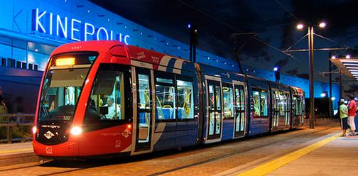Metro Ligero de Madrid, en Pozuelo , fondo Diario de Pozuelo