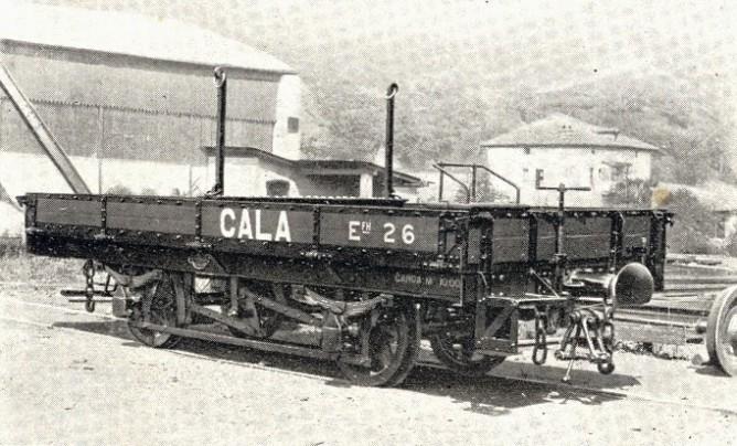 Minas de Cala , vagon plataforma , construido por Talleres de Miravalles , fondo MVF