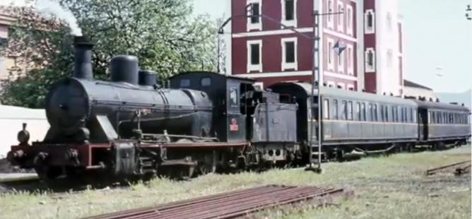 Mora La Nueva ,locomotora 040-2188, el 08.04.1966, foto Ian Turbull