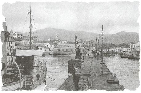 Muelle de Madera en el puerto de Algeciras del ferrocarril de Bobadilla a Algeciras , reemplazado en 1928