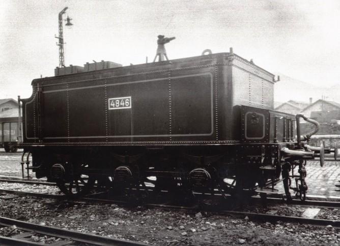 Norte , tender de la locomotora 4846 , construida por Mariano del Corral para Norte, fondo MVF