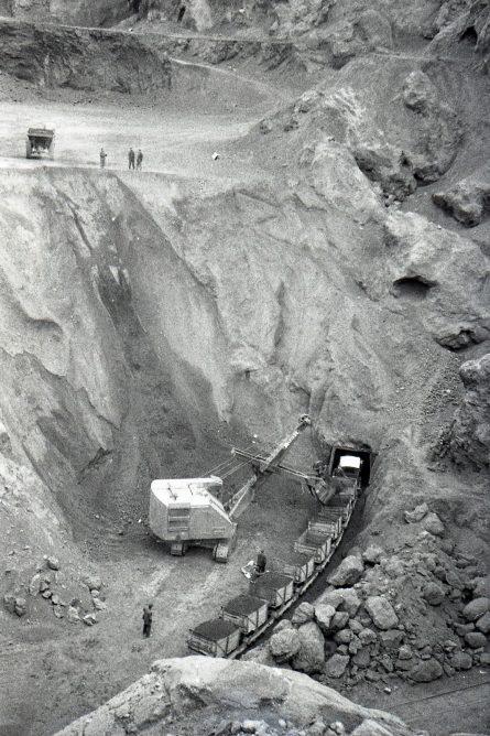 Ojos Negros, instalaciones Mineras , abril 1961, foto Trevor Rowe, fondo MVF