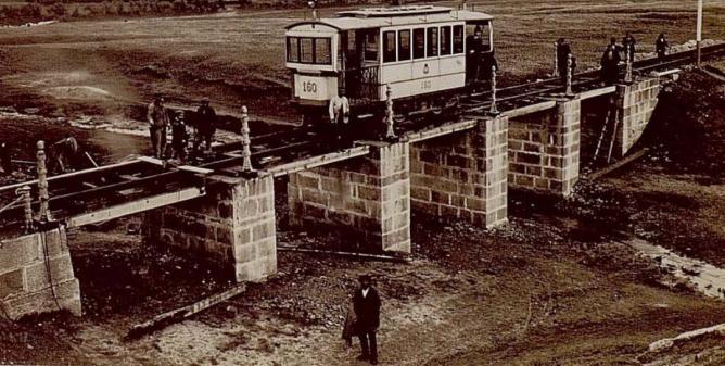 Pruebas de la traccion electrica del Tranvía sobre el arroyo de Butarque, Archivo Eduardo Cuenca