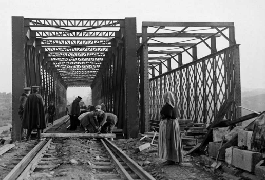 Puente de Guarrizaqs , linea de Manzanares á Córdoba
