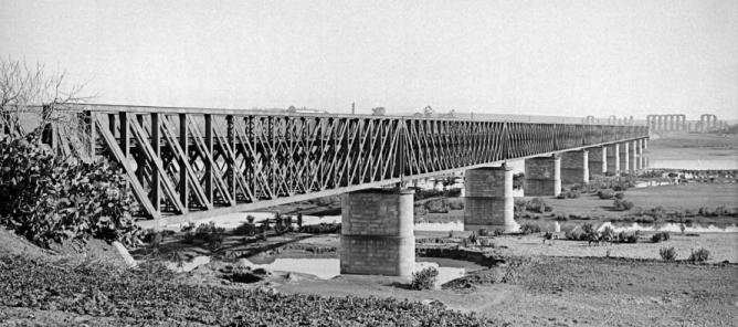 Puente de Mérida sobre el Guadiana, año 1879, linea de Merida á Sevilla