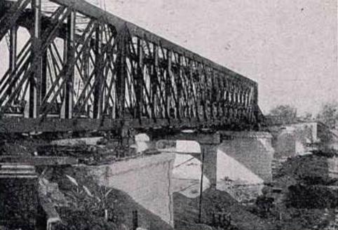 Puente sobre el Guadalquivir , en Lora del Rio , febrero de 1923, Revista Ingenieria y Construccion