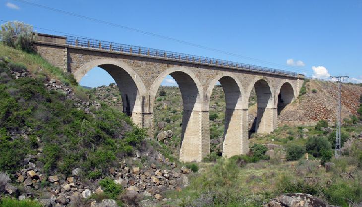 Puente sobre el Rio Ollegoso , fondo FCMAF