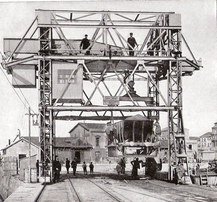 Puerto de Gijón -Grua portco de 20Tm para vagones de carbón. Fondo Babcock & Wilcox