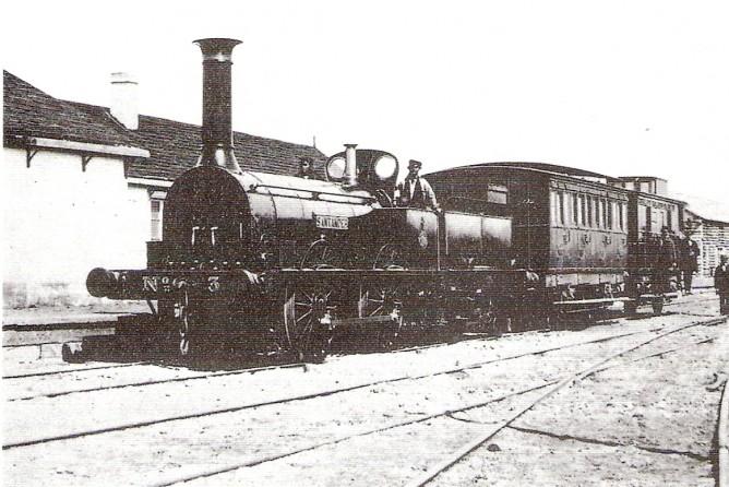 """Locomotora en Reinosa nº 3 """"Santande""""-, año 1857, foto Jordi Marques"""