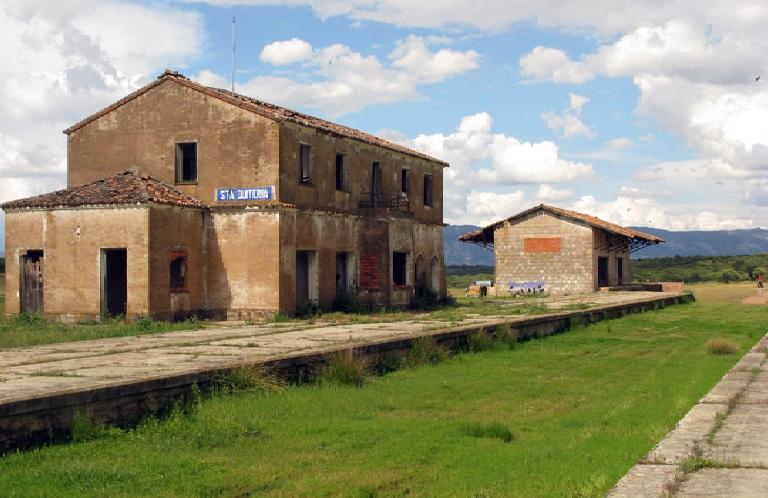 Restos de la estacion de Santa Quiteria , fondo FCMAF