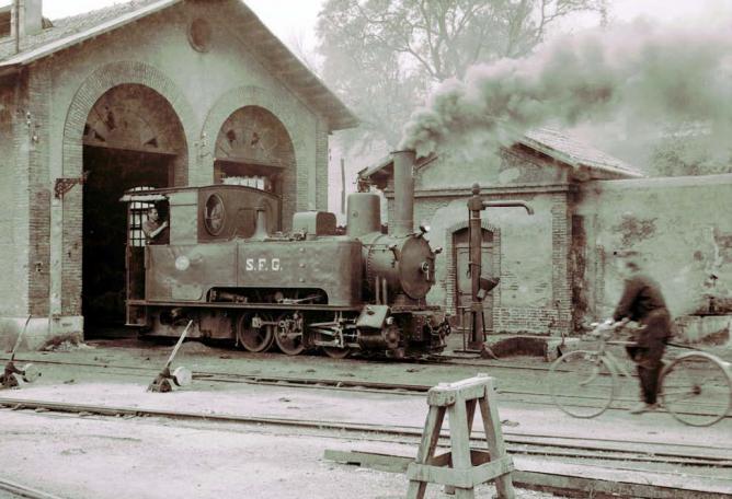 SFG á Gerona, locomotora nº 6 . c.1960. foto Svend Jorgensen, fondo AHF-FN-SV-00011