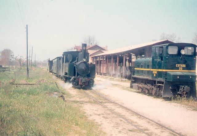 Estacion de Llagostera, abril de 1968, foto Charles F. Firminger, fondo Flickir 30937