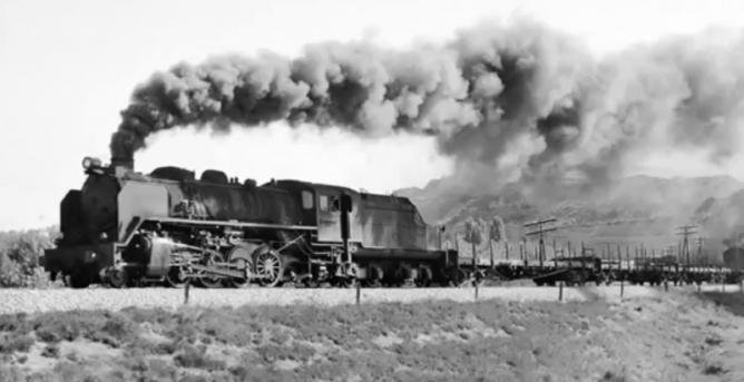 Salida de Haro de la locomotora mikado 141F, en dirección a Miranda, el 28.09.1973, foto Ian Turbull
