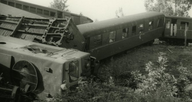 Santander a Bilbao, accidente de un tren arrastrado por una locomotora Creusot