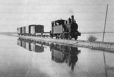 Secundarios de Castilla, tren cerca de La Mudarra, c.1940 , fondo Godofredo Garabito Gregori
