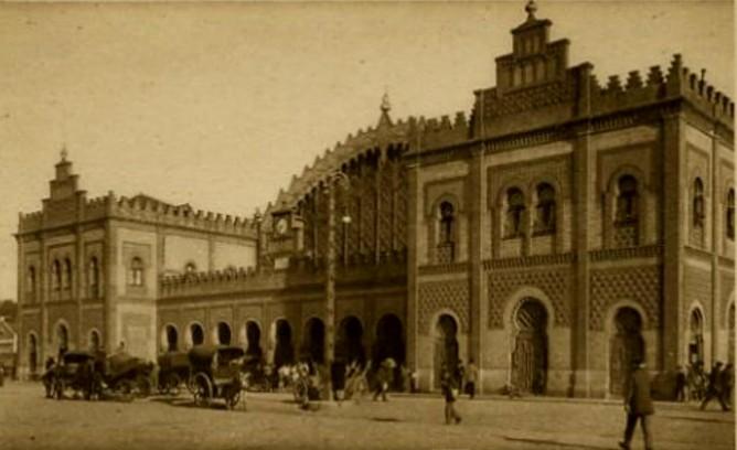 Sevilla Plaza de Armas, postal comercial